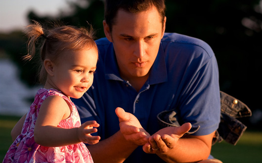 Stimulent familie monoparentala